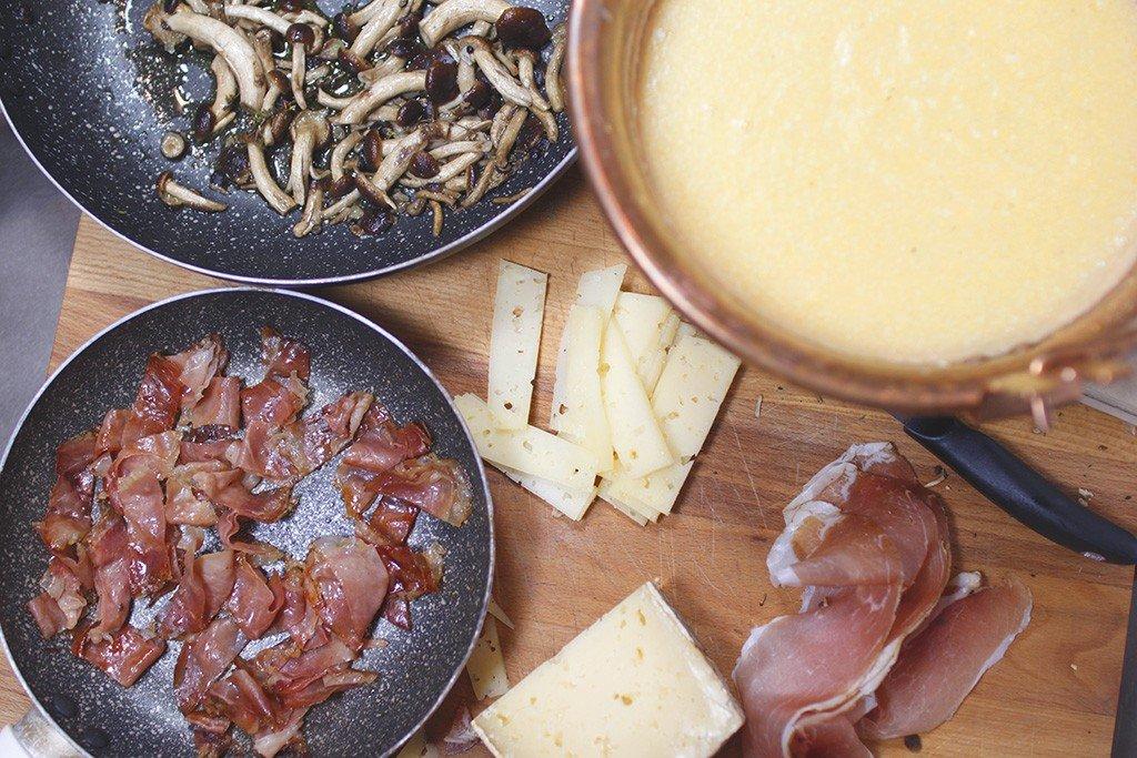 crema di mais con speck funghii e fontina