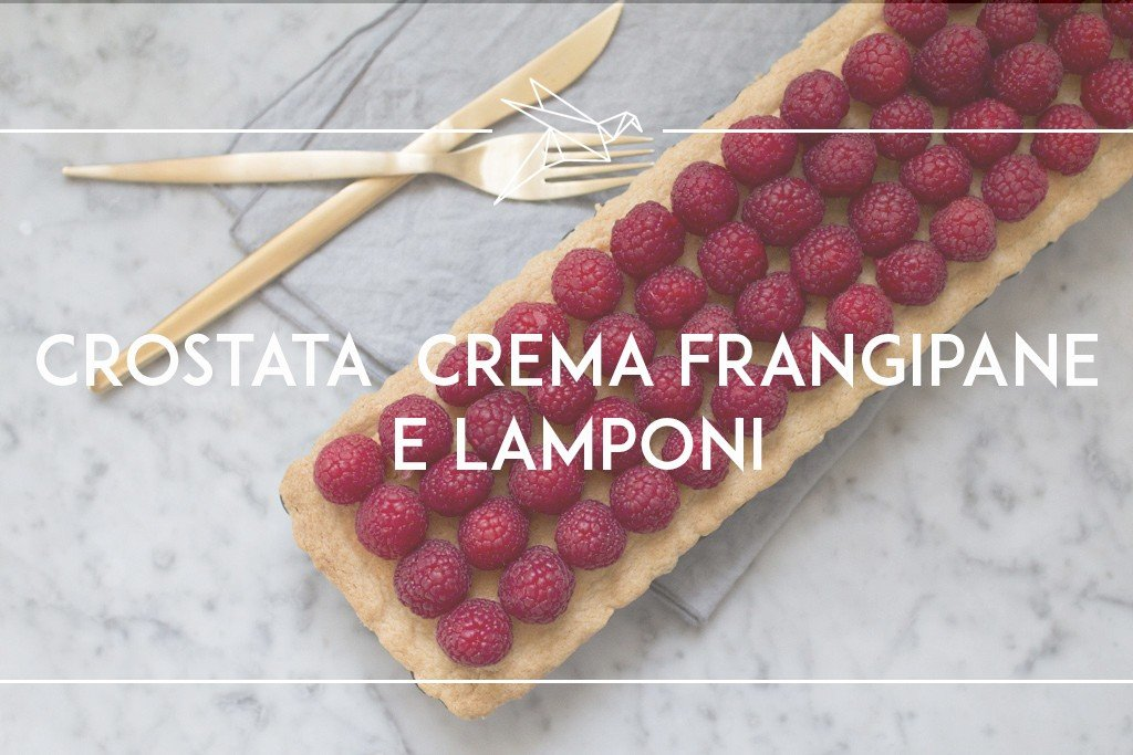 Crostata con crema frangipane e lamponi