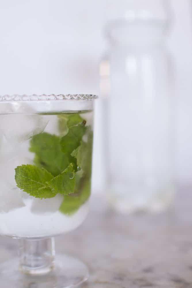 acqua e sambuco