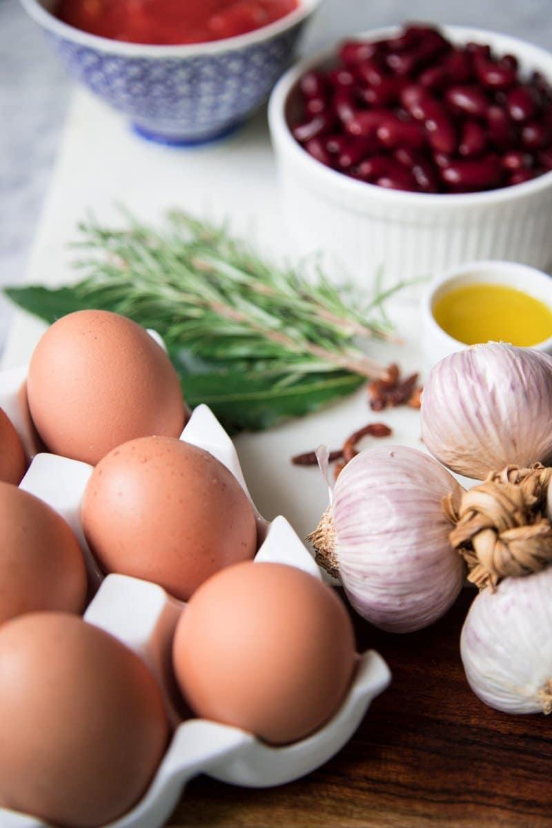 uova con fagioli